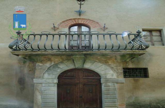 Palazzo_del_Capra